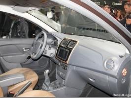 thumbs newlogan salon1 Фотографии нового Renault Logan 2014