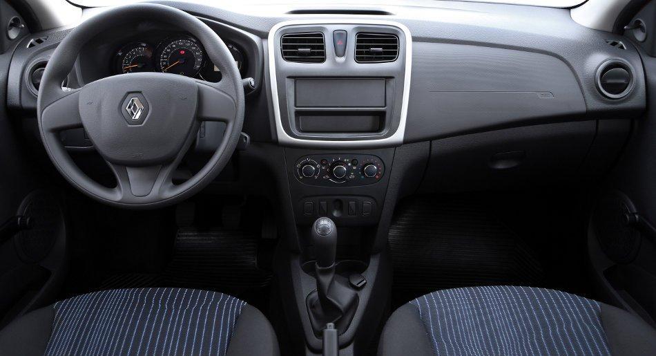 Novo-Renault-Logan-2014-Brasil-seda-Authentique-painel