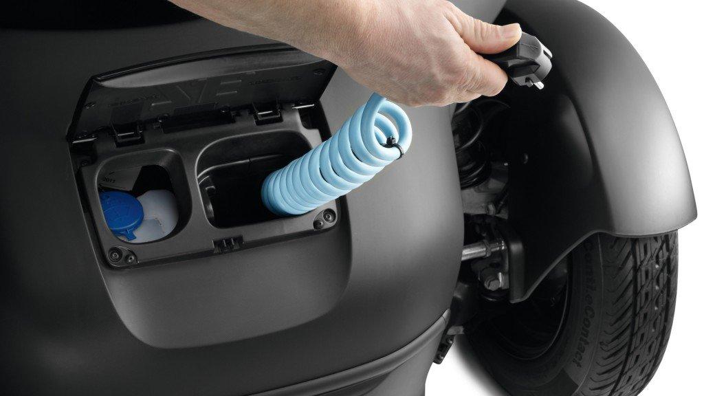 Зарядка Renault Twizy