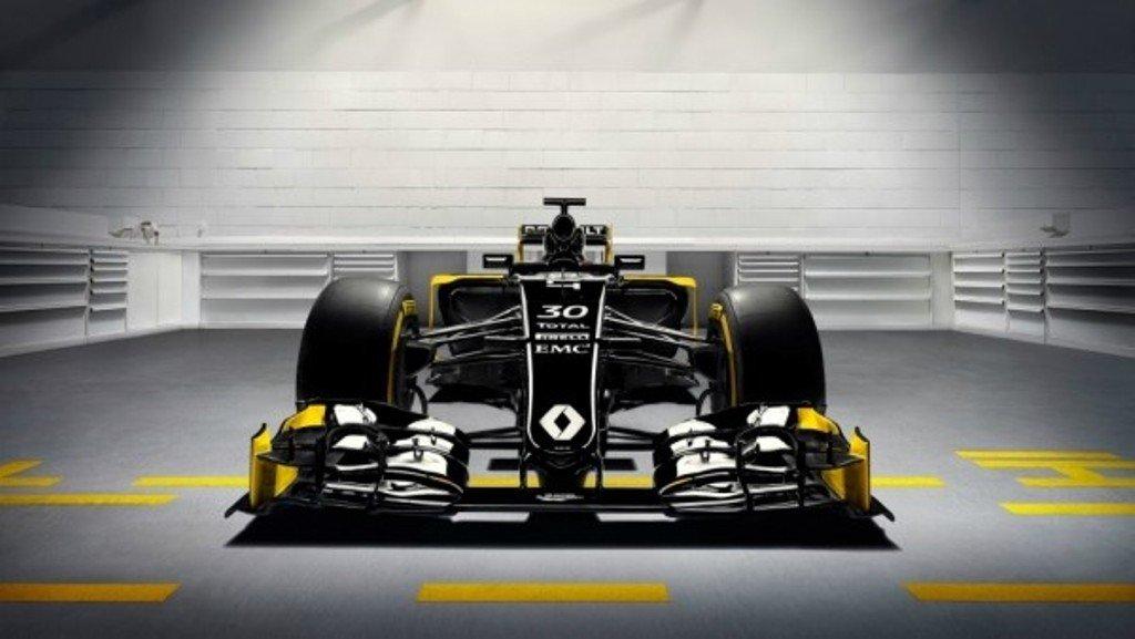 Renault RS16 вид спереди