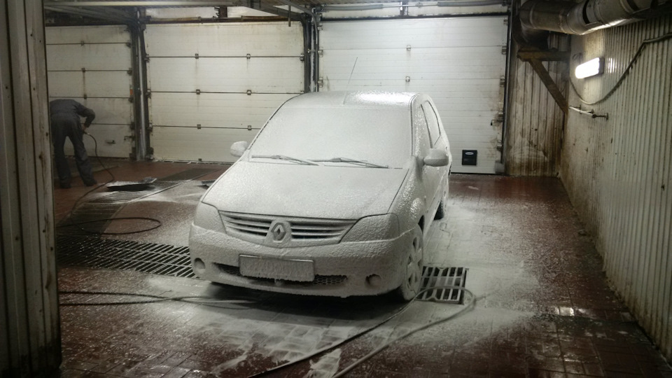 Как самостоятельно помыть автомобиль?