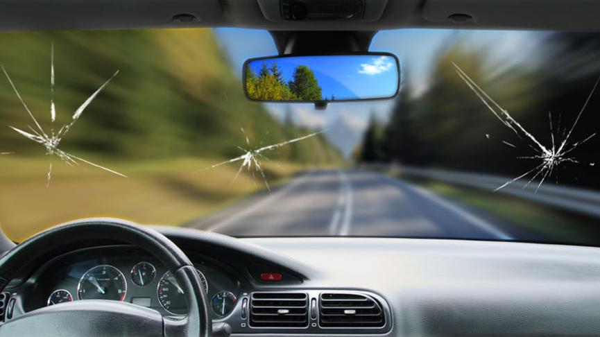 Как сохранить лобовое стекло автомобиля в отличном состоянии